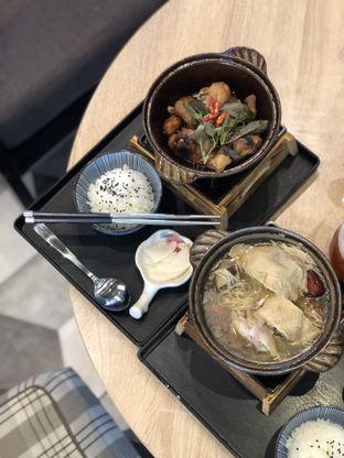 Foto 1 - Makanan(Taiwanese Drunken Chicken Soup) di Formosan Kitchen & Tea Bar oleh feedthecat