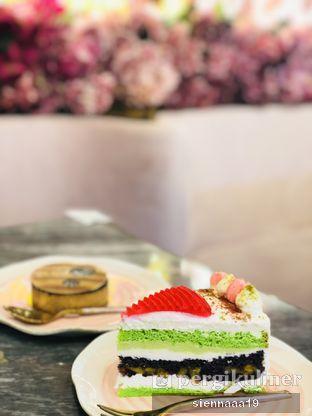 Foto 3 - Makanan(ES DOGER CAKE) di Pink Mamma oleh Sienna Paramitha