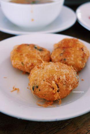 Foto 4 - Makanan di Kedai Soto Ibu Rahayu oleh Indra Mulia