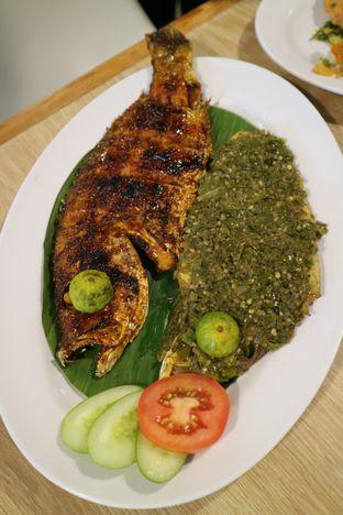 Foto 2 - Makanan di Rezeki Seafood oleh feedthecat