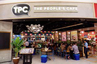 Foto 7 - Eksterior di The People's Cafe oleh yudistira ishak abrar