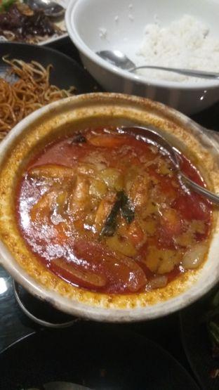 Foto 2 - Makanan(Seafood Soup (IDR 87k) ) di Penang Bistro oleh Renodaneswara @caesarinodswr