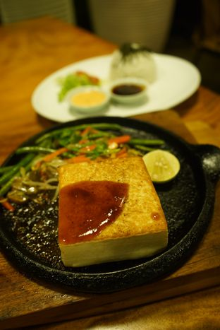 Foto 15 - Makanan di Miss Bee Providore oleh Deasy Lim