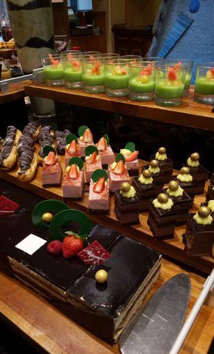 Foto 24 - Makanan(cake) di Sailendra - Hotel JW Marriott oleh maysfood journal.blogspot.com Maygreen
