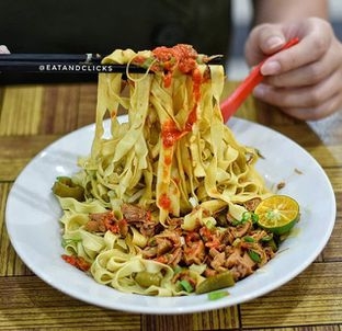 Foto - Makanan di Bakmie Aloi oleh @eatandclicks Vian & Christine