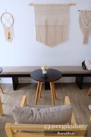 Foto 7 - Interior di Mala Coffee oleh Darsehsri Handayani