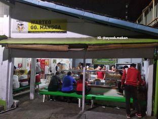 Foto 1 - Eksterior(Tampilan depan WarTeg. #ayookmakan) di Warteg Gang Mangga oleh AyookMakan | IG: @ayook.makan