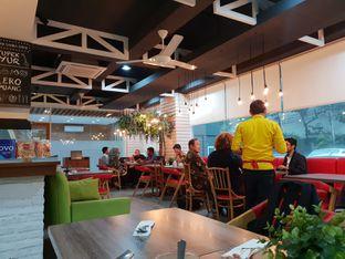 Foto 2 - Interior di Cikang Coffee & Resto oleh Adhy Musaad