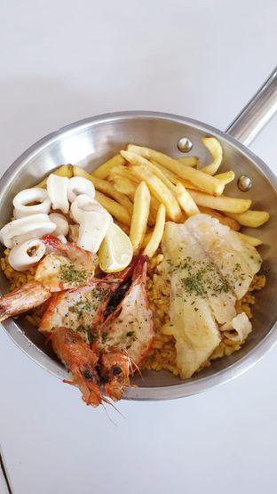 Foto 4 - Makanan di Fish Streat oleh Duolaparr