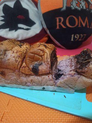 Foto review Doughsis oleh Rachmat Kartono 2