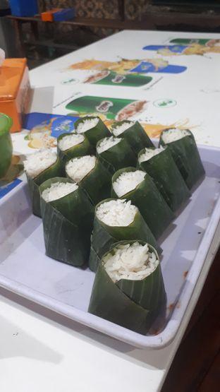 Foto 2 - Makanan di Nasi Uduk Kebon Kacang Puas Hati oleh @semangkukbakso