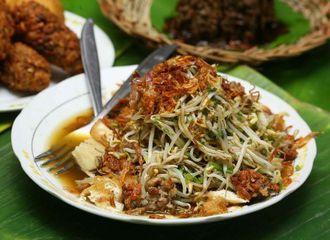 Serba Serbi Kuliner Bogor, Tauge Goreng yang Tak Pernah Digoreng