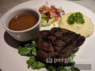 Foto 3 - Makanan(Tenderloin Steak) di Braga Art Cafe oleh Rifky Syam Harahap | IG: @rifkyowi