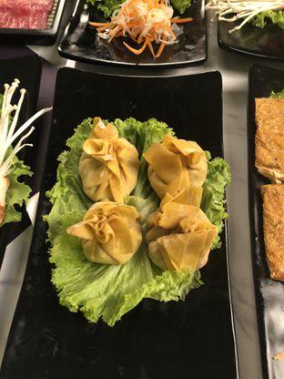 Foto 6 - Makanan di The Royal Pot oleh Nanakoot