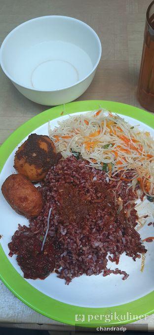 Foto 1 - Makanan di Warung Nasi Bu Eha oleh chandra dwiprastio