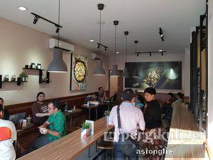 Foto 5 - Interior di Macroni Tei Coffee oleh Asiong Lie @makanajadah