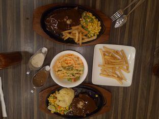 Foto 1 - Makanan(Combo 4) di Steak 21 oleh Clangelita