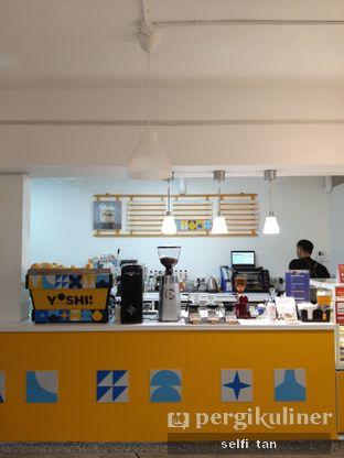 Foto 3 - Interior di Yoshi! Coffee oleh Selfi Tan
