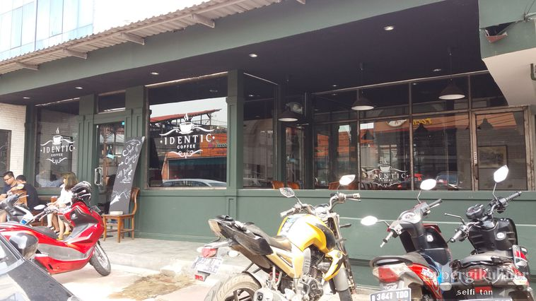 4 Coffee Shop di Jakarta Timur dan Pusat Serta Dampak yang Ditimbulkan ke Lingkungan Sekitar