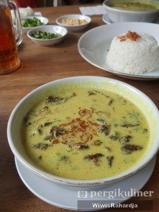 Foto 4 - Makanan di Kedai Soto Ibu Rahayu oleh Wiwis Rahardja