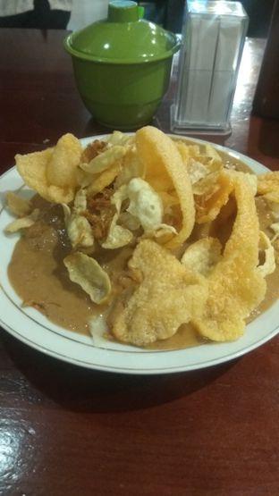 Foto 1 - Makanan(Gado Gado Lontong (IDR 30k) ) di Gado - Gado Cemara oleh Renodaneswara @caesarinodswr