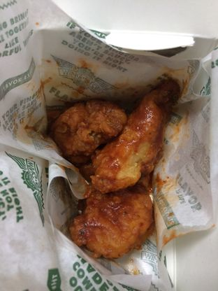 Foto 3 - Makanan(Boneless Red Hot Cajun) di Wingstop oleh Irine