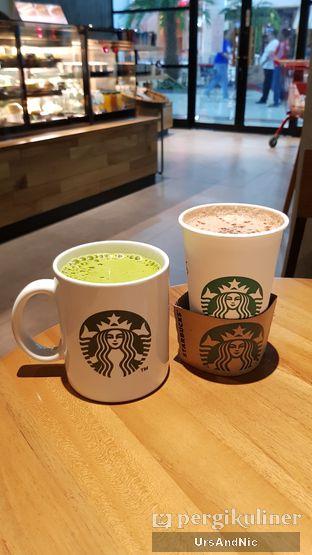 Foto 1 - Makanan di Starbucks Coffee oleh UrsAndNic