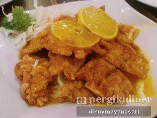 Foto 2 - Makanan(Ayam Saus Lemon) di Ta Wan oleh #kulineraladinny