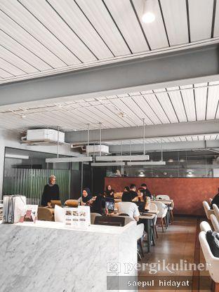 Foto 2 - Interior di Hiveworks Co-Work & Cafe oleh Saepul Hidayat