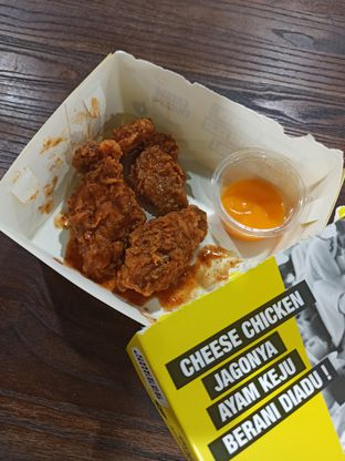 Foto review Cheese Chicken oleh Junior  1