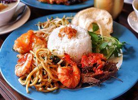 8 Tempat Makan di Panglima Polim yang Sayang untuk Dilewatkan