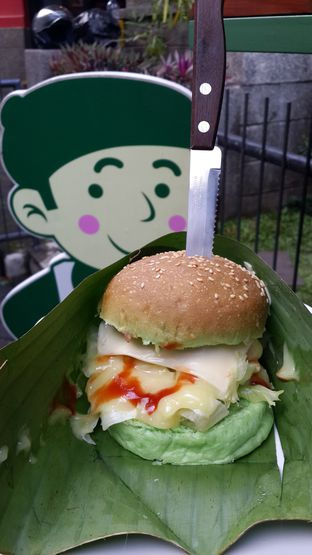 Foto review Maio Green Burger oleh NOTIFOODCATION Notice, Food, & Location 9