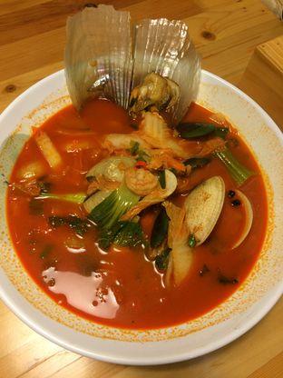 Foto 9 - Makanan(Haemul Jjampong) di Holy Noodle oleh Elvira Sutanto