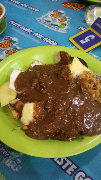 Foto Makanan di Rujak Cingur dan Sop Buntut Genteng Durasim