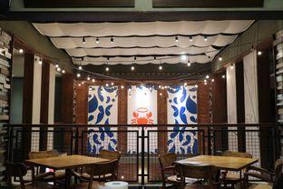 Foto 6 - Interior di The Holy Crab oleh dk_chang