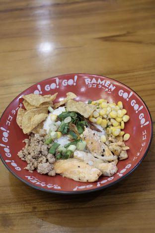 Foto 2 - Makanan di Go! Go! Ramen oleh Duolaparr