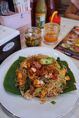 Foto - Makanan(Bihun Goreng) di Bakmi Siantar Ko'Fei oleh Yulio Chandra