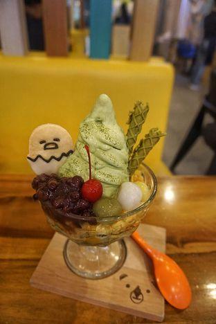 Foto 2 - Makanan(Gudeta-Matcha Parfait) di Shirokuma oleh Fadhlur Rohman