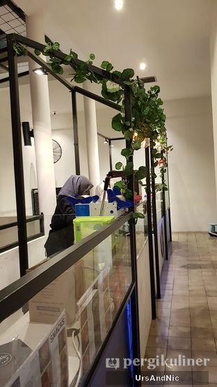 Foto 8 - Interior di The Betawi Salad oleh UrsAndNic