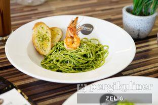 Foto 7 - Makanan di Mokka Coffee Cabana oleh @teddyzelig