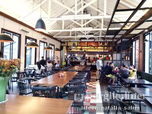 Foto 6 - Interior di Saka Bistro & Bar oleh @NonikJajan