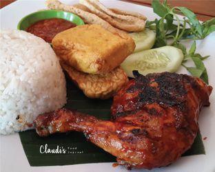 Foto - Makanan(Paket Ayam Bakar Komplit) di Ayam Bakar Kambal oleh Claudia @claudisfoodjournal
