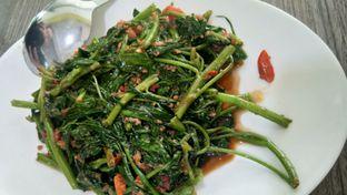 Foto 4 - Makanan(Kangkung Ebi) di Aroma Dermaga Seafood oleh Komentator Isenk