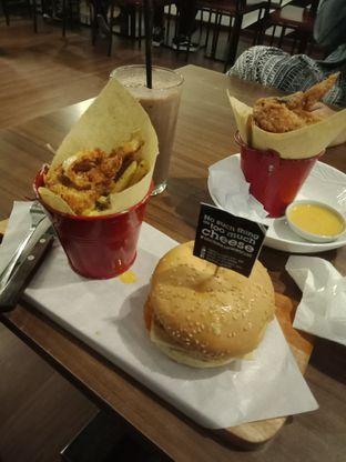 Foto 3 - Makanan di Salt & Sugar Cafe and Bistro oleh Joshua Michael