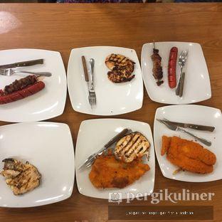 Foto 1 - Makanan di Ranch Market Gourmet oleh @mamiclairedoyanmakan