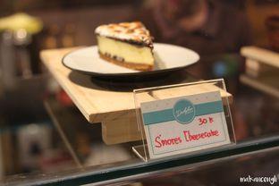 Foto 14 - Interior di Dailydose Coffee & Eatery oleh Kevin Leonardi @makancengli