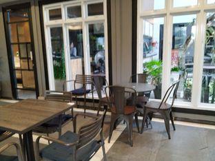 Foto 7 - Interior di Acclamare Coffee & Companion oleh yeli nurlena