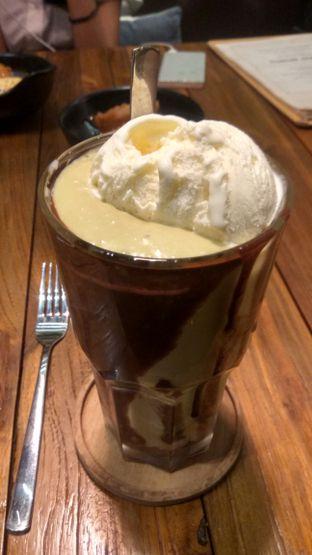 Foto 4 - Makanan(Avocado Coffee (IDR 50k) ) di Six Ounces Coffee oleh Renodaneswara @caesarinodswr