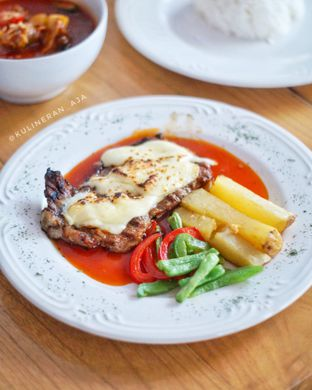 Foto 1 - Makanan di Warlaman oleh @kulineran_aja