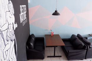 Foto 10 - Interior di Better Nature Coffee oleh yudistira ishak abrar